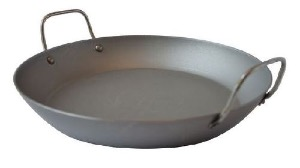 Mauviel poele en fer m 39 steel for Plat a paella gifi